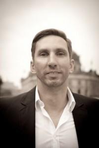 Remo Fyda ist seit 2013  Geschäftsführer von ProvenExpert.com (www.provenexpert.com), der Online-Plattform für kombinierte Kundenzufriedenheitsanalyse und Empfehlungsmarketing