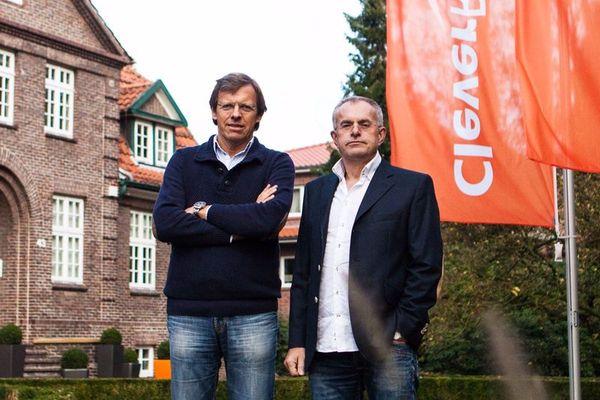 CleverReach Geschäftsführer Rolf Hilchner (rechts im Bild). Links ist der zweite Geschäftsführer Wilhelm Bogena zu sehen.